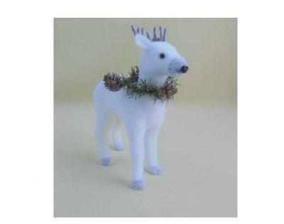 Renna bianca in piedi floccata in polistirolo con corona di pino colorata  h28 cm